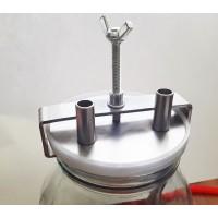Крышка на банку-сухопарник, металлическая, с креплением, трубки 10 мм